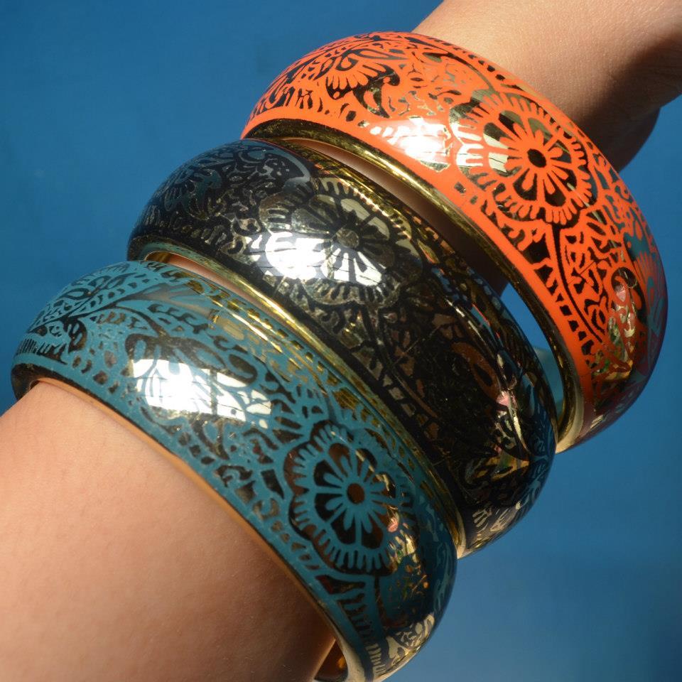 raks glam bangles worn