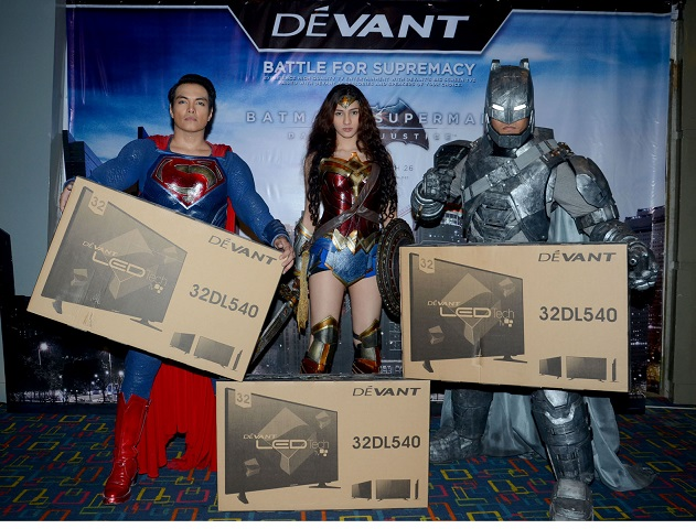 devant presents batman vs superman