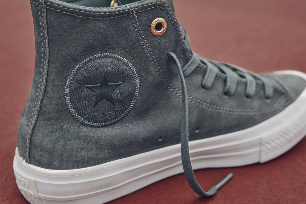 Chuck Taylor All Star II Craft Leather Hi in sharkskin