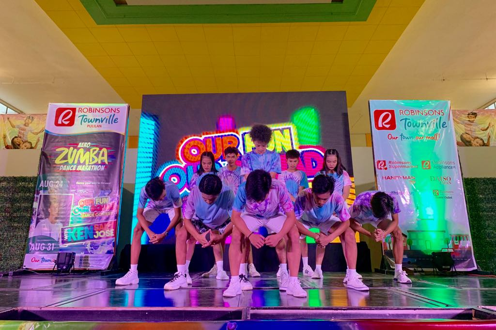 Robinsons Townville Holds #OurFunOurSquad Dance Contest